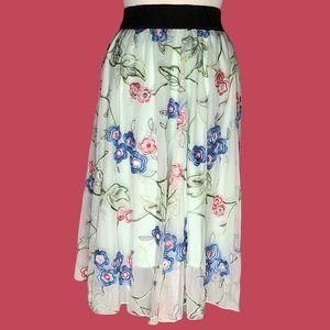 LuLaRoe Lola Lime Embroidered Flowers Skirt Small